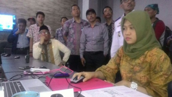 Buktikan SSA Berhasil, Wali Kota Depok Ajak Wartawan Pantau ATCS Dishub