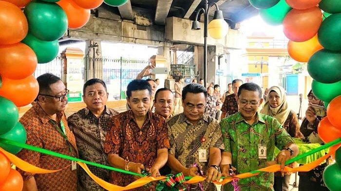 PD Pasar Jaya Resmikan Gerai Jakmart ke-7 di Pasar Glodok