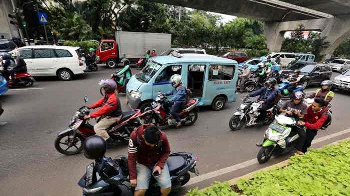 Operator Angkutan Umum Keluhkan Peremajaan Armada dan DPRD Sebut Solusinya Transjakarta