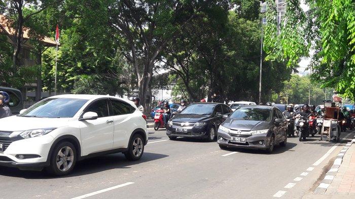 Pukul 09.20 Arus Lalu Lintas Penjompongan Raya Arah Karet Padat