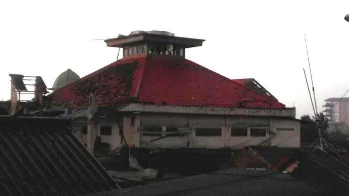 Cuaca Buruk Landa Jawa Timur, dari Puting Beliung Hingga Banjir