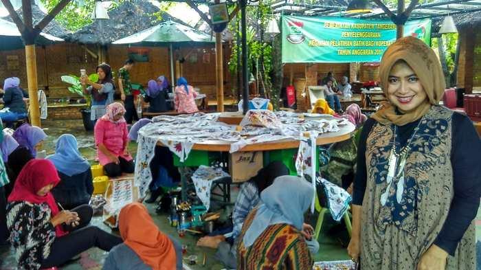 Warung Raos Gelar Pengajian dan Berbagi dengan Anak Yatim Sambut Ramadan