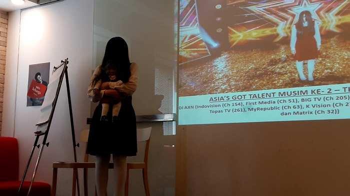 Mantra Jawa Terselip di Balik Kesuksesan Ilusionnis Riana