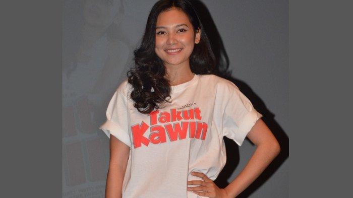 Indah Permatasari ketika ditemui dalam peluncuran trailer dan poster film Takut Kawin produksi Amanah Surga Productions, di Lounge XXI Plaza Senayan, Jakarta, Kamis (18/1/2018).
