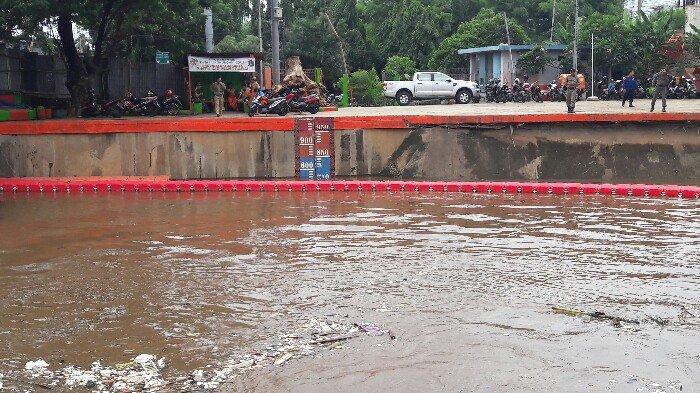 Hujan Guyur Jakarta,  Info Ketinggian Air Masih Normal, Kecuali di PA Marina dan Pasar Ikan