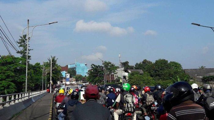 Pukul 09.30 Kepadatan Terjadi dari RSUD Pasar Rebo Menuju Tanjung Barat