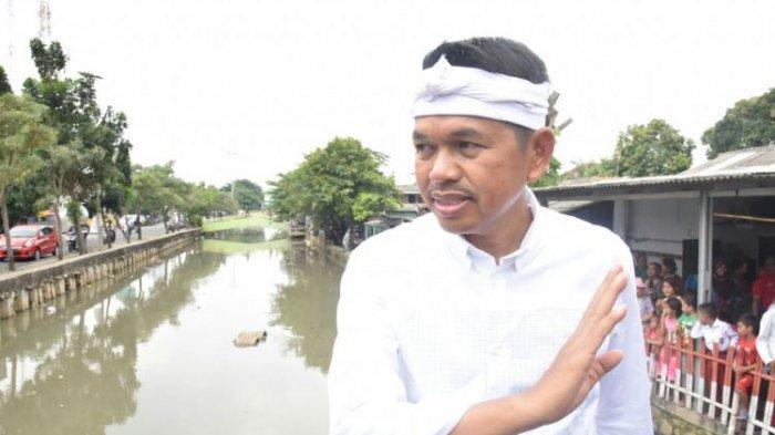 Viral Video Anggota DPR Dedi Mulyadi Ditampar Warga 2 Kali, saat Beri Bantuan di Desa Cikampek