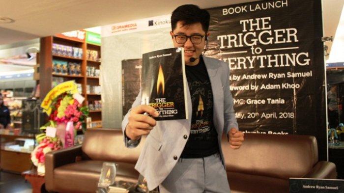 Remaja 16 Tahun Ini Luncurkan Buku Motivasi Milenial 'The Trigger to Everything'