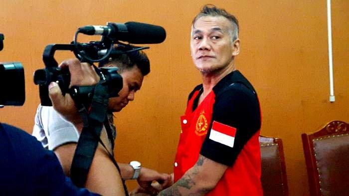 Tio Pakusadewo Dibebaskan, Mengaku Sudah Insaf, Janji Jauhi Narkoba dan Tidak Mau Masuk Penjara Lagi