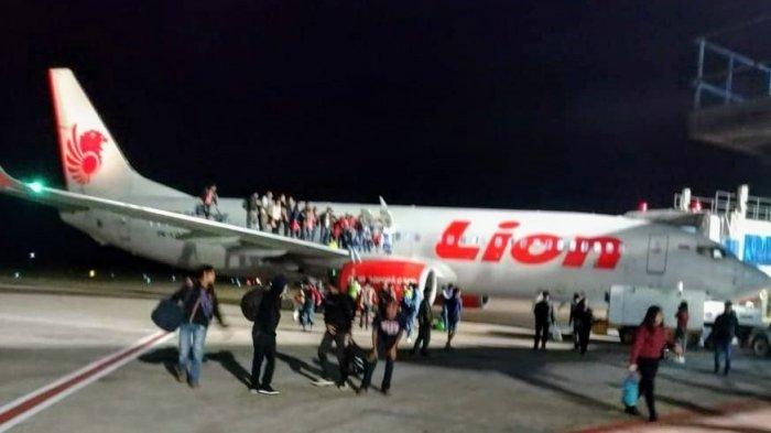 Penerbangan Lion Air Delay karena Spare Part Pesawat Rusak
