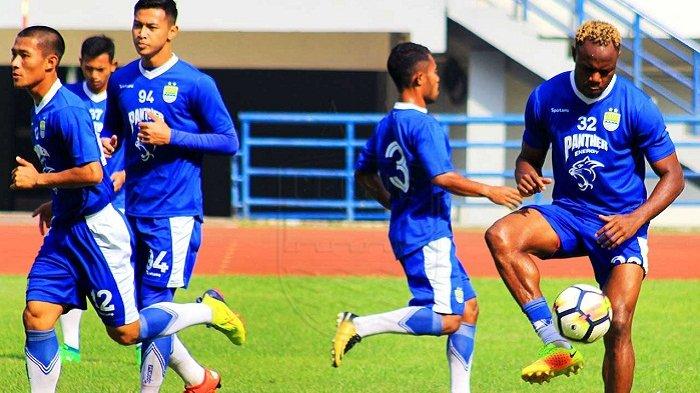 Gomez Ancam Mundur, Persib akan Bangun Lapangan Baru