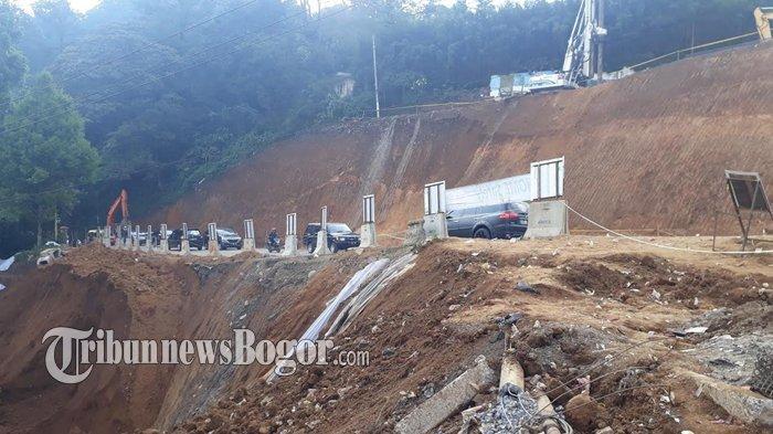 Bus dan Angkutan Berat Masih Dilarang Melintas di Bekas Tanah Longsor Puncak