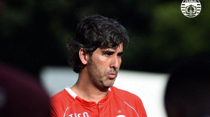 Gelandang Bali United Ini Kagum dengan Stefano Cugurra