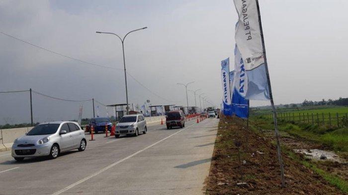 Gerbang Tol Kertasari Mulai Dipadati Pemudik