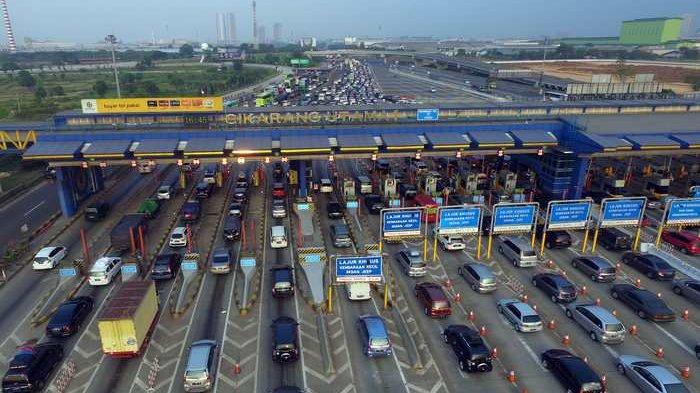 Sebanyak 646.000 Kendaraan Tinggalkan Jakarta Melalui GT Cikarang Utama