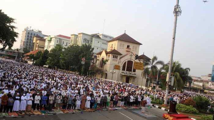 Jemaah An Nazir dan Naqsabandiyah Rayakan Lebaran Hari Ini, Muhammadiyah Rabu 5 Juni 2019