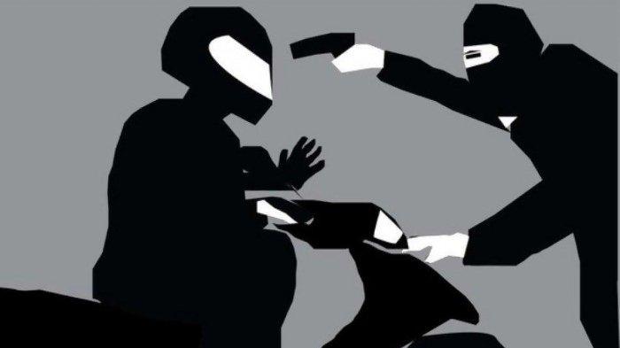 Terekam CCTV, Komplotan Begal Sadis di Sukatani Berkali-kali Bacok Korbannya Pakai Celurit