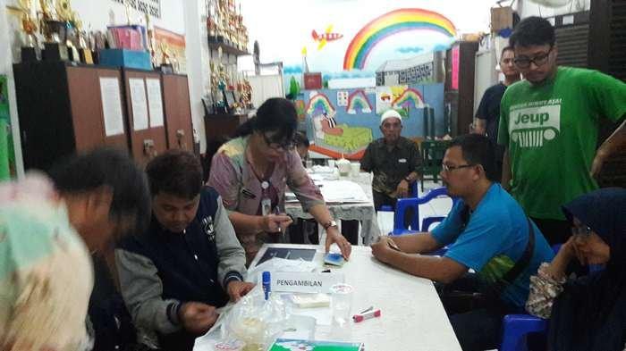 Sudin Dukcapil Jakut Distribusikan Ratusan SKDS di RW 002 Pegangsaan Dua