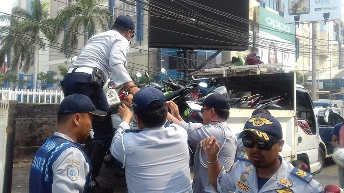 Libur Panjang, Ratusan Personel Dishub Disebar ke Sejumlah Titik Strategis di Jakarta Pusat