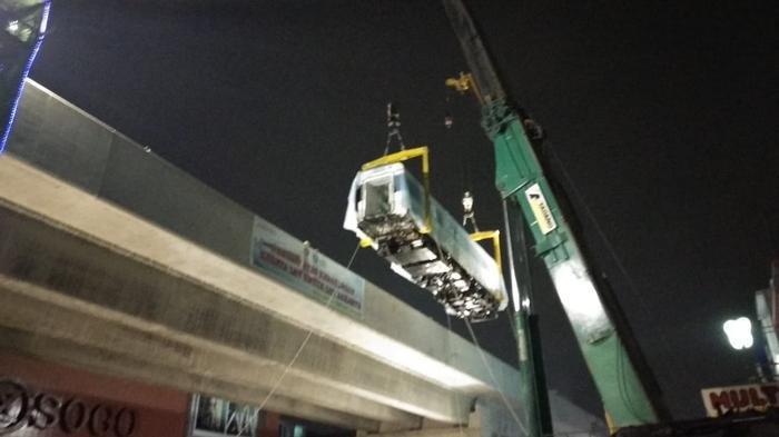Akhirnya Seluruh Gerbong LRT Jakarta Tiba