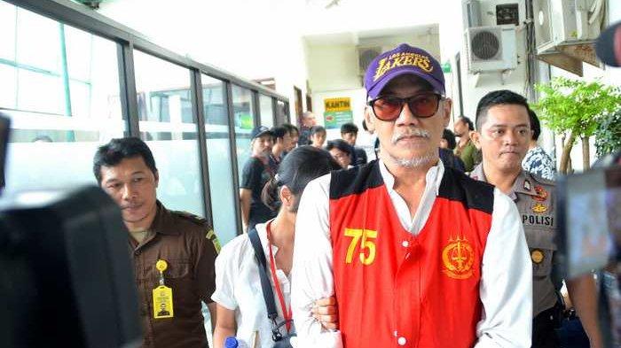 Tio Pakusadewo Bandingkan Kasus Narkobanya dengan Iyut Bing Slamet dan Reza Artamevia