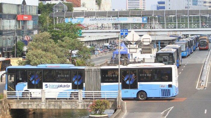 TCash Perluas Pembayaran Moda Transportasi, Tambah Kerja Sama dengan Transjakarta-LRT-Commuter Line