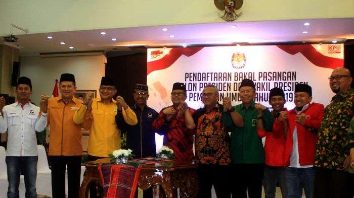 BERITA FOTO: Para Sekjen Partai Pendukung Jokowi Datangi KPU