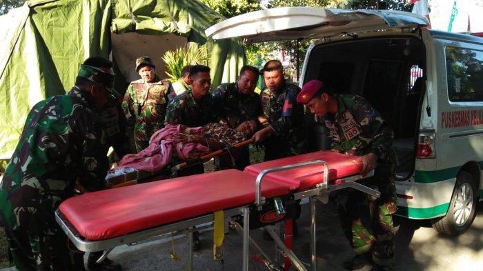 Sejumlah Mobil Ambulans Hilir Mudik ke Rumah Sakit Mataram Pasca-gempa Lombok