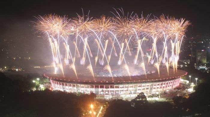 BERITA FOTO: Beginilah Penampakan Pembukaan Asian Games dari Kejauhan