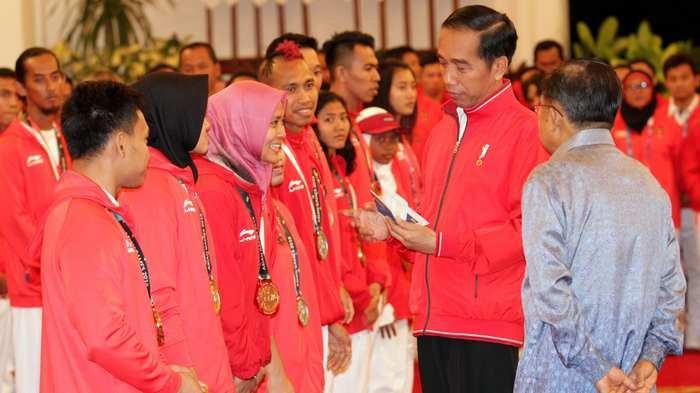 Jokowi: Saya Ingin Naik Motor Lagi, Ingin Terus Melihat Merah Putih Dikibarkan