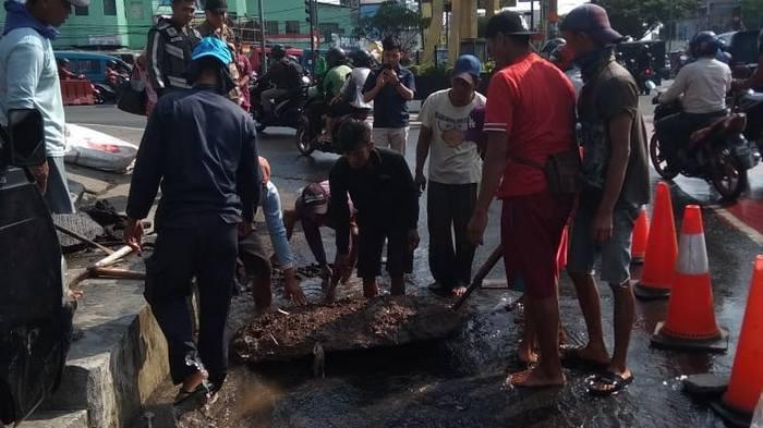 Pipa PDAM di Jalan Margonda Diganti Pipa Elastis dan Tahan Tekanan tapi Tahun 2019