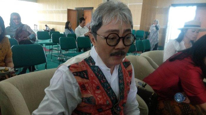 Ciptakan Batik Neo Tangsel, Harry Darsono Terinspirasi Empat Musim di Dunia