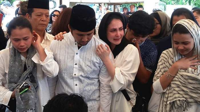 Arumi Bachsin Sudah Ikhlas Meski Masih Syok