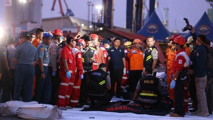 Tim Penyelam Diperbanyak Guna Cari Korban Lion Air