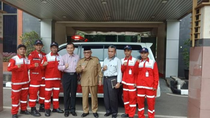 Relawan PMI Depok Keliling 24 Jam Pakai Ambulans Bantu Warga Alami Insiden Selama Libur Lebaran