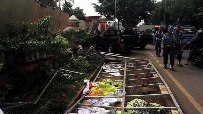 Polsek Ciracas Dibakar, Komisi I DPR: Yang Salah Preman-preman yang Mukulin TNI