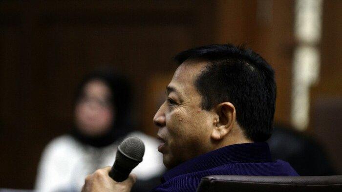 BERITA FOTO: Gaya Setnov saat Jadi Saksi Kasus Korupsi Pembangunan PLTU Riau-1