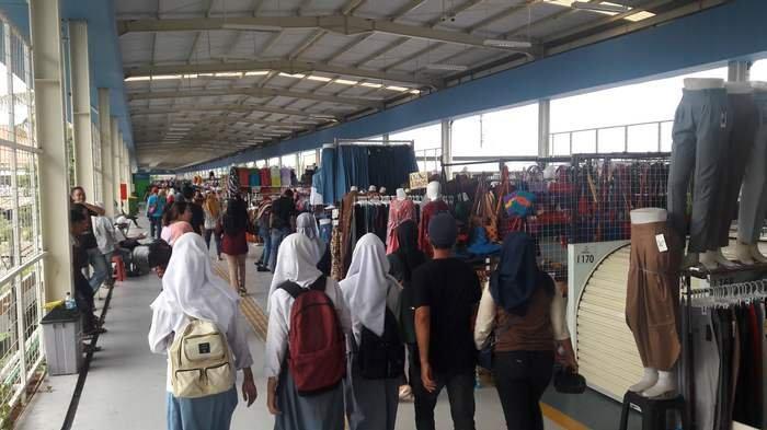 Tak Kebagian Kios di Skybridge Tanah Abang, Dirut PD Pasar Jaya Bersedia Menampung