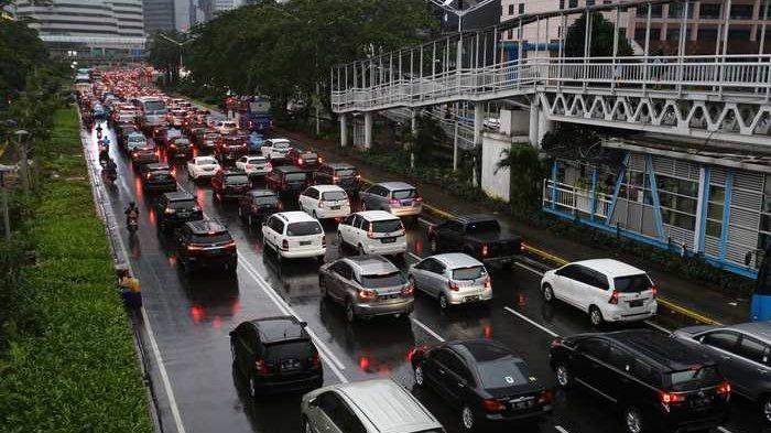 Pembatasan Usia Kendaraan Menguntungkan Industri Otomotif, YLKI: Ini Patut Kita Duga