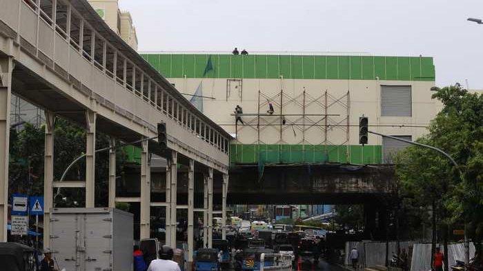 BERITA FOTO: Penampakan Terkini Pembangunan Jembatan Penghubung Blok F dan Blok G Pasar Tanah Abang