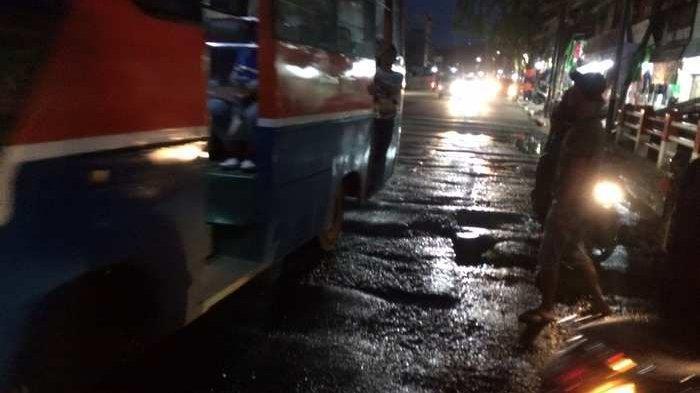 Jalan Rusak di Jakarta Utara Bikin Resah Pengendara