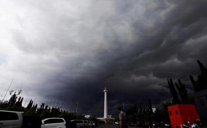 Peringatan Dini Cuaca Jabodetabek 26 Oktober 2020: Tambora Hingga Mauk Hujan Deras dan Angin Kencang