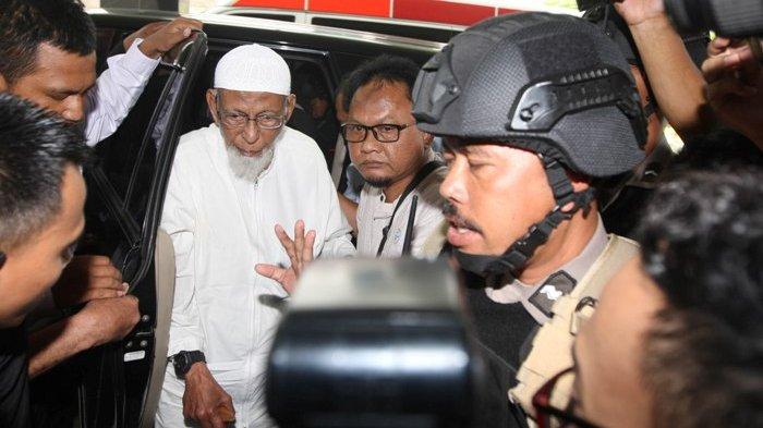 Pembebasan Abu Bakar Baasyir Diisukan Bermotif Politik, TKN Jokowi-Maruf : Gak Ada Lah