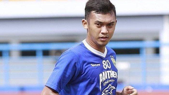 Gelandang Persib Bandung Abdul Aziz Kenang Kesuksesannya di PON 2016