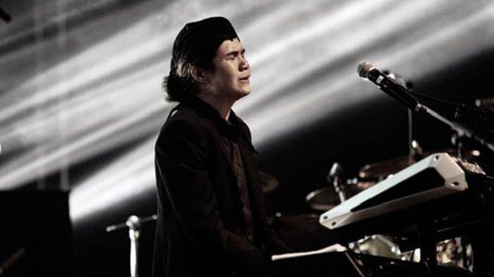 Ternyata Bukan Ahmad Dhani yang Ditangisi Dul Saat Konser di Malaysia, tapi Sosok Ini