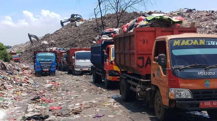 Ada 15 Truk Sampah Rusak Berat, Kota Bekasi Makin Kurang Armada Truk, Ini yang akan Dilakukan Pemkot