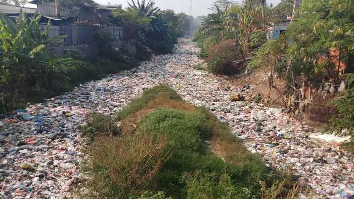Giliran Kali Jambe Tambun Nambahi Tumpukan Sampah di Kabupaten Bekasi, Sebelumnya Kali Bahagia