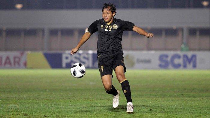 Senang Dipanggil Shin Tae-yong, Gelandang Adam Alis Juga Butuh Jadwal Pasti Kompetisi Liga 1 2021