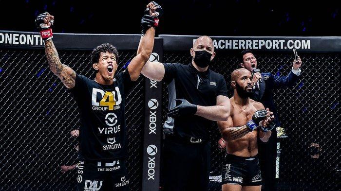 Adriano Moraes Pertahankan Gelar Juara Dunia ONE Flyweight, Menang KO atas Demetrious Johnson