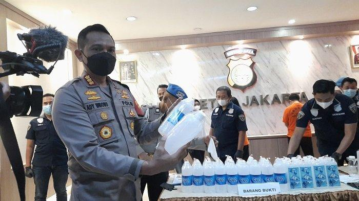 Kapolres Metro Jakarta Barat Ungkap Wanita Sarjana Pertanian Nekad Suntik Filler ke Payudara Wanita